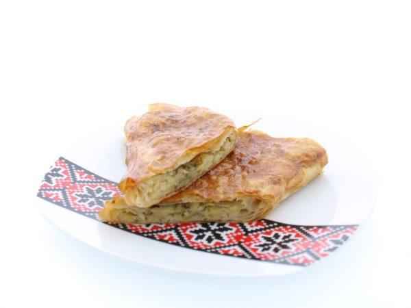 Plăcintă cu varză proaspată
